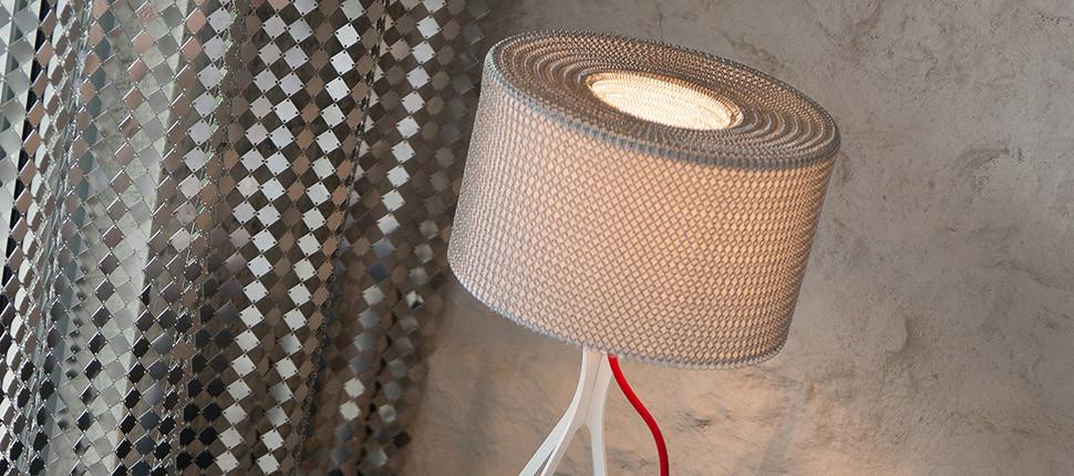 Chainmal lamp